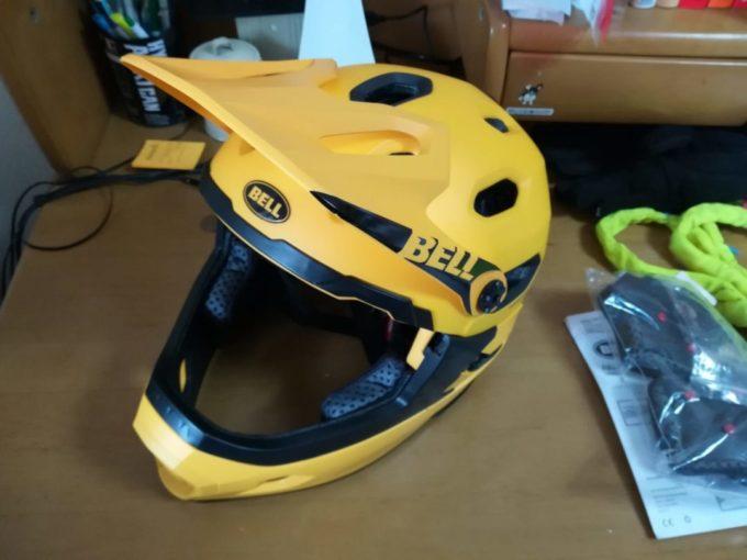 BELL(ベル)のMTBヘルメットSUPER DH Mipsのインプレ~トレイルからダウンヒルまでイケるおすすめヘルメット~