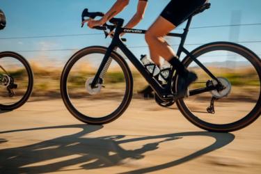 Cerveloから新型グラベルバイクAspero5が登場!2022年モデルでよりエアロで、軽く、完全内装に!